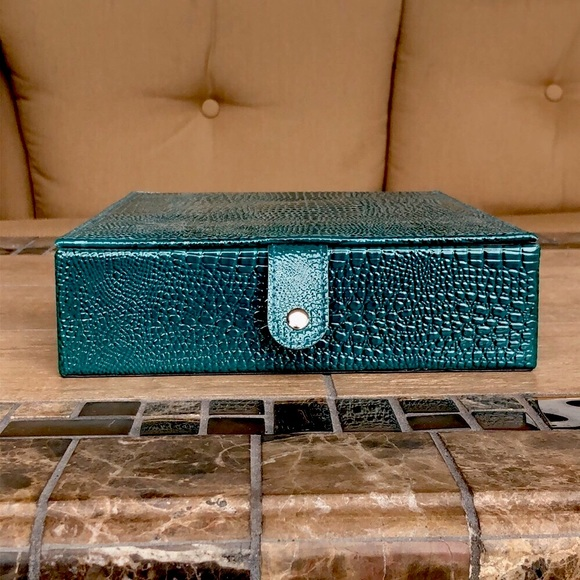 Teal Snakeskin Faux Leather Jewelry Box